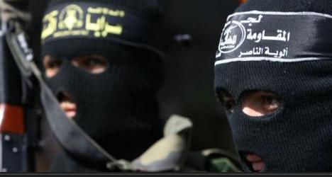 Ten held as France smashes jihadist network