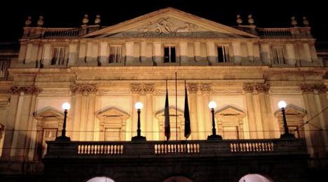 Protesters clash with police outside La Scala