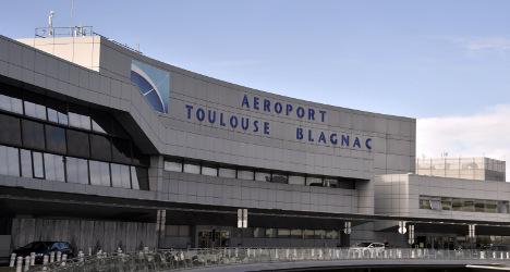 'Treason!': France to sell Airbus airport to China
