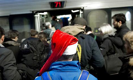False bomb alarm snarls Christmas train travel