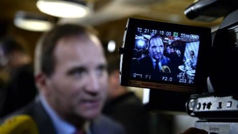 Swedish PM hits out at refugee benefit proposal