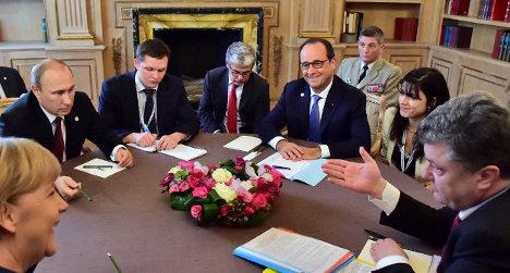 Hollande to meet Putin and Merkel in January