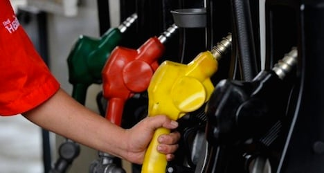 Swiss petrol and fuel prices hit four-year lows