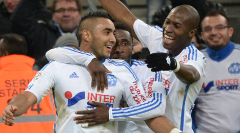 Marseille win to keep slender lead over PSG