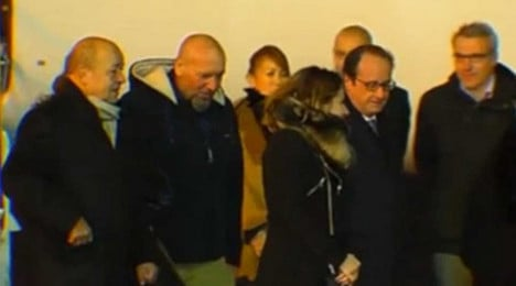 Last French hostage arrives back in Paris