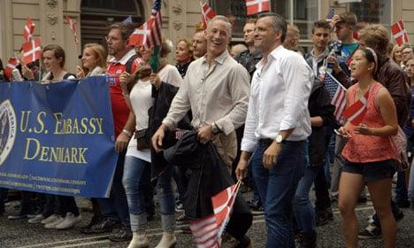 VIDEO: US Ambassador shows off Danish 'skills'