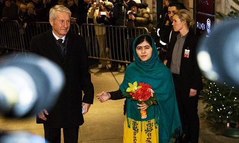 Malala shows blood-stained uniform in Oslo