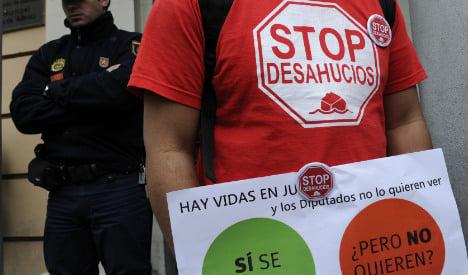 Bleak 2015 outlook for crisis-hit Spaniards