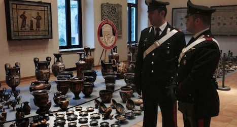 Italians recover looted artefacts from Basel