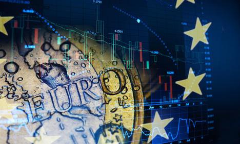 Italy bond yields hit fresh historic lows