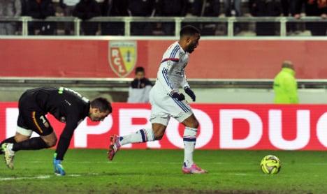 Goal-machine Lacazette 'better than Bale'
