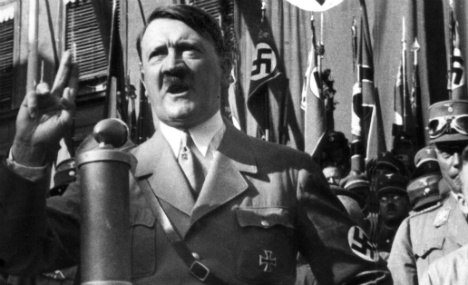 Hitler's bunker to be rebuilt