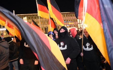 Hooligans join Cologne Pegida demo