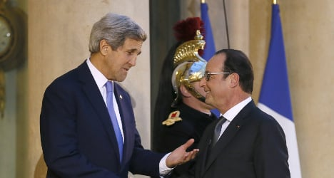 Kerry apologizes for 'no-show' at Paris unity rally