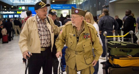 War hero who 'escaped' for D-day event dies