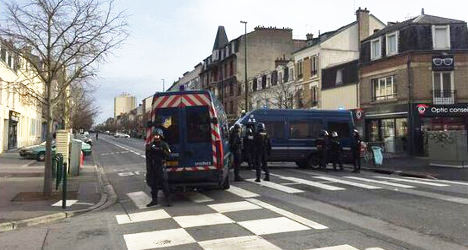 Man held for firing air gun at busy street