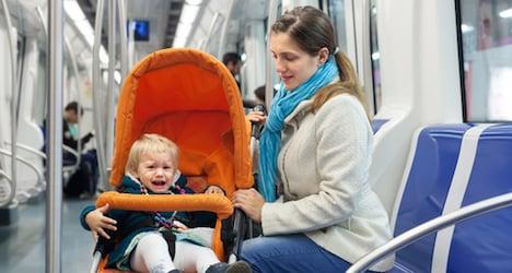 Man leaves baby on U6 metro
