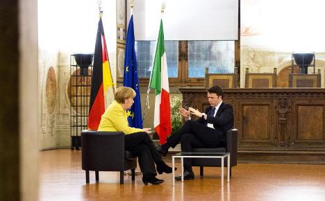 Renzi woos Merkel amid Florentine splendour