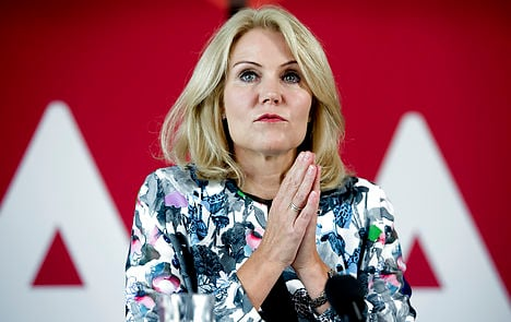 Thorning to visit Ebola workers in Sierra Leone