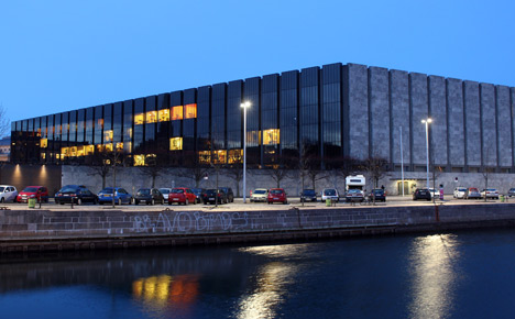 Denmark tries to quell euro peg rumours