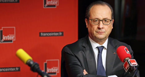 Hollande: 'Greece must stick to EU commitments'