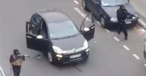 Paris attacks: Internet fuels conspiracy theories