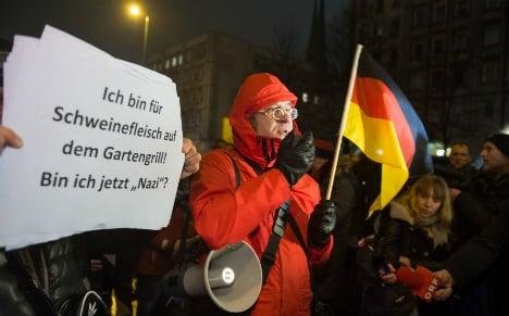 Anti-Islam demo flops in Berlin – but not just thugs