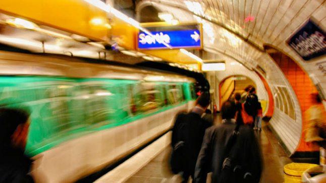 Paris mayor to push for 24-hour Metro service