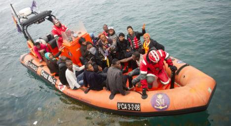 Police arrest ten in people smuggling ring