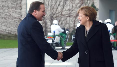 Merkel talks refugees, Ukraine with Swedish PM