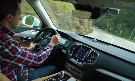 Self-driving cars on Swedish roads 'by 2017'