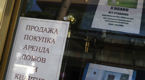 Rouble tumble busts Russian buying boom