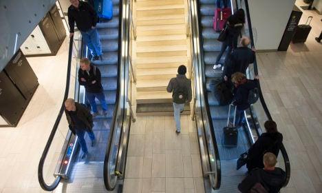 Broken leg causes 39 escalator meltdown