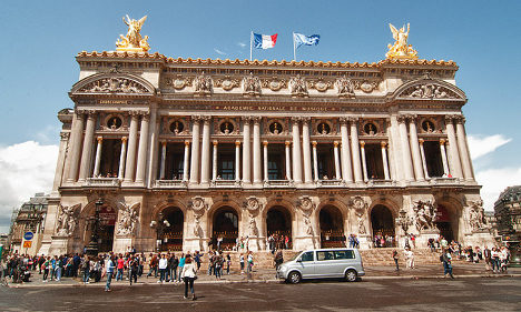 Paris Opera offers cheap tickets to young fans