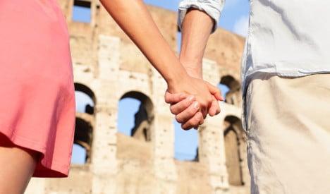 Why flirty Italians still don't do online dating