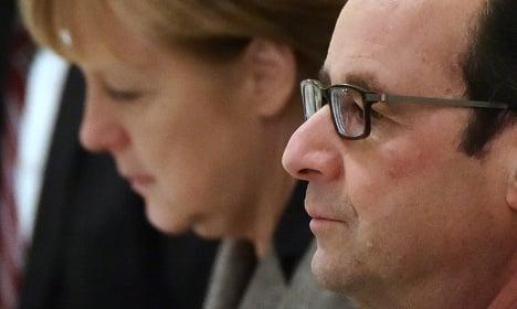 Hollande and Merkel seek deal in Moscow