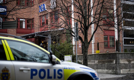 Bomb squad checking 'suspect' Vilks parcel