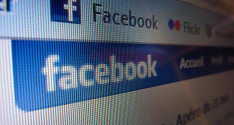 France asks Internet giants for anti-terror help