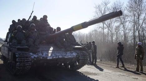 Government condemns Ukraine rebel advance
