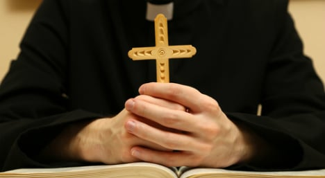 Priests defend secrecy in sex abuse confessions