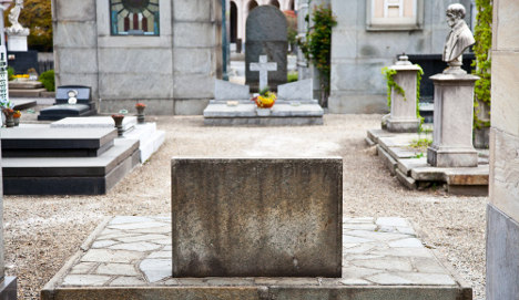 Italian man dies while visiting wife's grave