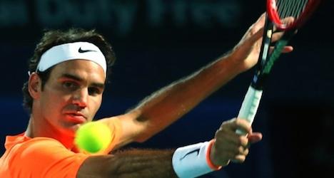 Federer eases through to Dubai Open semifinals