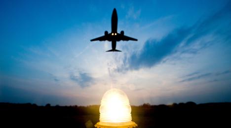Drunk passenger forces landing over bomb threat