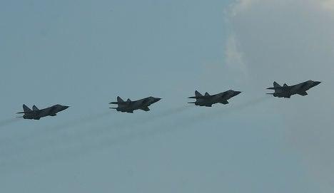Russia rehearses air battle over Barents Sea