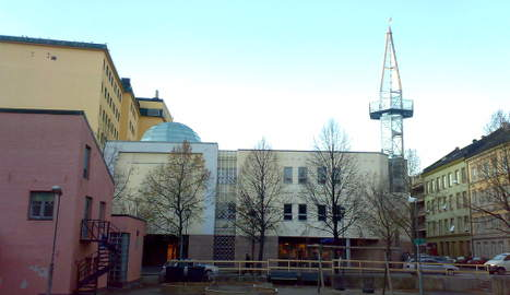 Norway's next peace vigil targets Oslo mosque