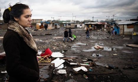 Amnesty scolds France over Roma policy again