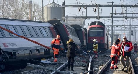 Swiss train in crash ignored stop signal: SBB