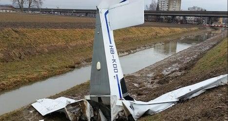 Two men die in Swiss small plane crash
