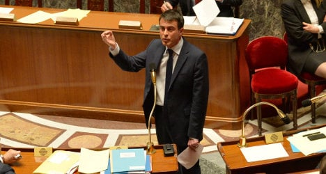 French PM skips MPs' vote to save key reforms