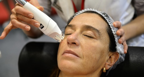Swiss probe 'animal cell' injection clinics